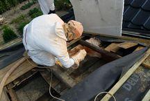 ZATEPLENÍ STŘECHY / ROOF INSULATION / Stříkaná pěnová izolace: otevřená struktura buněk EXY 09 Spray foam insulation: open cell foam EXY 09
