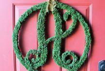 Door wreath ideas..yes I think I will start on something!