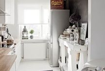 Маленькая кухня в скандинавском стиле: