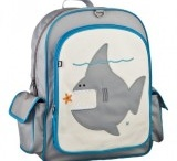 Shark themed lunch boxes and bags / Lunch boxes and bags with a scary shark theme for children