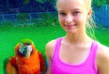 Training Parrots & Kids