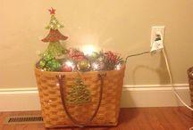 basket displays / by Kelly Warner Tackitt