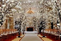 Flowers By Brian / Luxury wedding flowers
