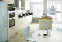 Avilon shaker kitchen / Details of the Avilon shaker kitchen which is available in ivory as shown here and available online at Units Online http://www.unitsonline.co.uk/avilon-shaker-kitchen