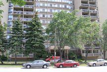 OAKS CONDOS / FALGARWOOD - 1359 White Oaks Blvd, Oakville, Ontario Canada $250K - $525K