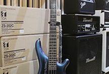 Electric Guitar & Bass