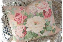 Classic flower / Textile