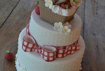 Picnic cakes