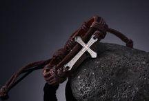 +Trendy Kreuz Armband Echtes Leder  Unisex Neu+ 10,90 Euro