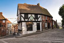 Beautiful English Towns / Our favourite and most picturesque townscapes of England.