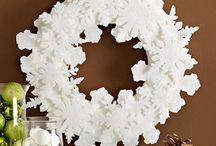 CHRISTMAS: DIY Wreaths