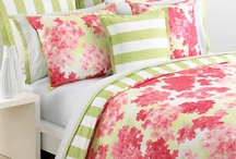 BEAUTIFUL BEDDING / by Ellie Weinstein-Maule