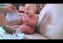 Mimino miluje zvuk trhání papíru.