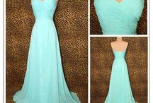 Stunning Fashion / Clothing that caught my attention. Beautiful, stylish, fashionable.