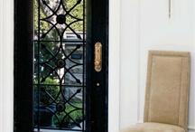 puertas y ventanas / by Aurora Aguirre