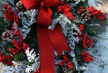 wreaths / by Sheryl Turpen