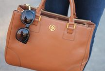 Handbags & Scarves / by Lucia Barros