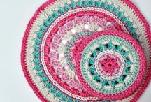 crochet pot holders and coasters