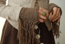 scaldamani e scarpette Knit&Crochet