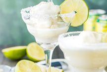 Affogati di bontà / Affogati: ricette, abbinamenti, idee per servire per gustare in modo differente il gelato.