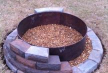 Backyard-Fire Pit Ideas / A night time fire pit ideas. / by Linda Finni