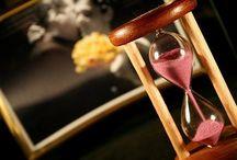 O Tempo não pára! / O senhor de todas as horas... / by Verinha Bezerra