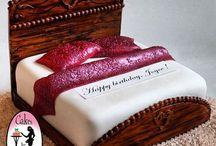 cakes + cake decoration ideas / by SuMaiya ASif