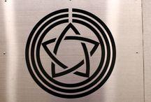 The badge of a company of a railroad company