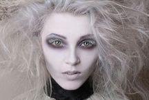 Make-up 'n wierd