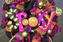 Fall and halloween decor / Fall decorations, halloween decorations, halloween costume ideas