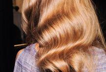 Beautiful Locks. / I want gorgeous long hair again! / by Shanalise Watkins