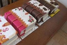 Book cakes