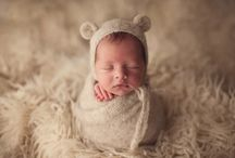 Newborn Photography Props + Set-ups / Inspiration + shopping desires for newborn shoots.