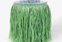 Caribe By SHE / Grass skirts, summer fun