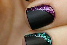 Nails, makeup,