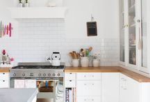 white scandinavian kitchen / by delikatissen .