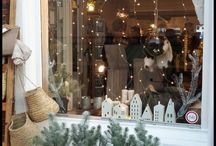 CHRISTMA`S VITRINE DECORATIONS