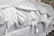 Linen Bedding in Optical White / All about linen bed linens in optical white.