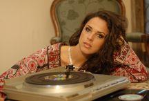 Taynah / Uma das mais belas vozes da MPB .