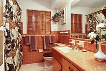 Bathroom / Inspiration for keeping the original tile (even though it's pretty...ugly).