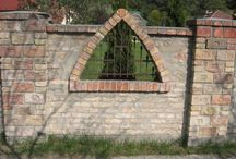 Kapu-kerítés