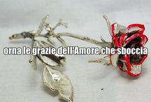 Citazioni e gioielli -Italiano / EN: Quotes and our jewels, in Italian. IT: Citazioni sovraimpresse a foto di nostri gioielli.