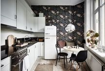 wallpaper white kitchen
