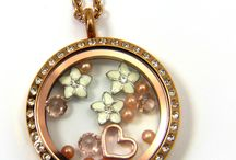 South Hill Designs / Locket designs that I like! / by Lori Willcox