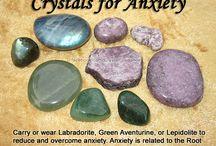Cristales para... (en inglés) / Fotos principalmente de otras webs con gemas y sus correspondencias para la salud.