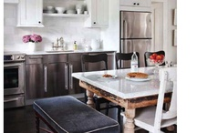 Kitchens / by Susan LoPiccolo