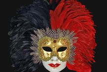 Feather Venetian Masks / A mask elegantly crafted with feathers, is a seductive and sophisticated choice…you will be sure to surprise in any occasion!