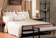 Maggioni sängyt / Beds / Metallisänkyt, messinkisänkyt ja runkosänkyt.