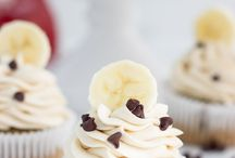 Cupcakes / by Sheila Curtis