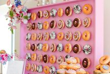 Donut Bar / Delicious donut bars, dessert tables and backboards.
